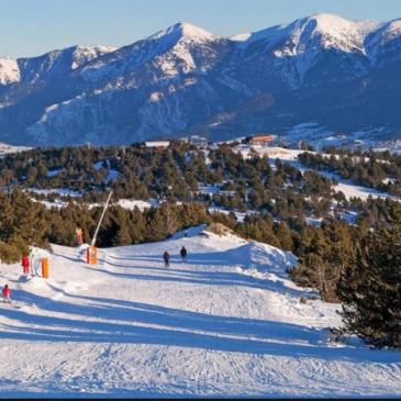 forfaits ski et bains station de ski deFont-Romeu / P2000 et l'espace Cambre d'Aze.